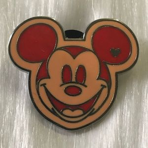 🔮 5/$25 Mickey Mouse Disney Pin